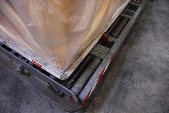 Detailed photo transport box
